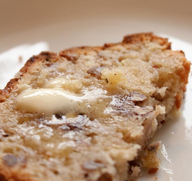 Bananabrauð með pekanhnetum og kókos