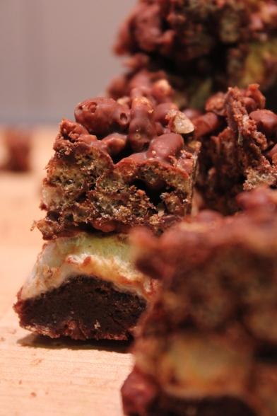 Brownies með sykurpúðum og súkkulaði-ricekrispies