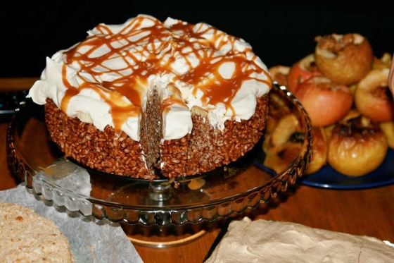 Rice Krispies Cake with Bananas and Whipped Cream