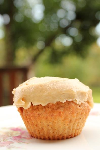 Epla-cupcake með púðursykurskremi